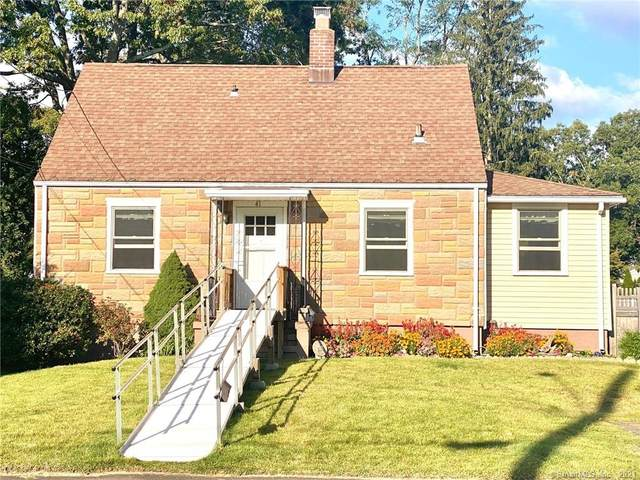 41 George Street, North Haven, CT 06473 (MLS #170448348) :: Chris O. Buswell, dba Options Real Estate