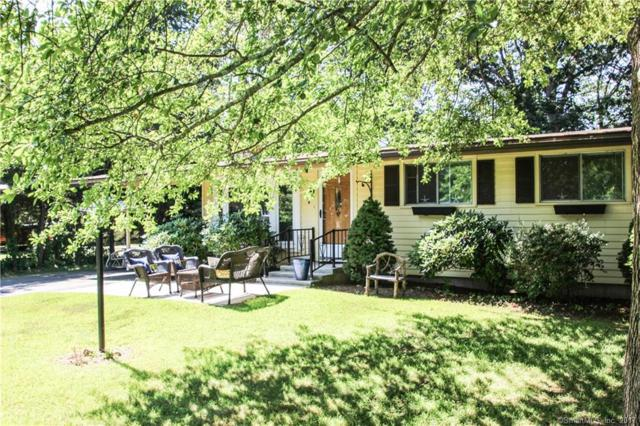 2 Windsor Oval, Old Saybrook, CT 06475 (MLS #170004853) :: Carbutti & Co Realtors