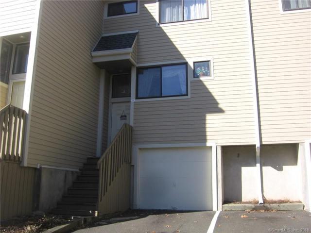 18 Sunrise Hill Road #18, Norwalk, CT 06851 (MLS #170051414) :: Carbutti & Co Realtors