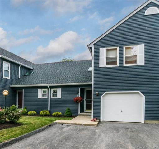 15 Vicki Lane #15, Colchester, CT 06415 (MLS #170102215) :: Carbutti & Co Realtors