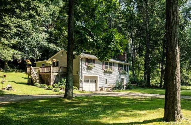15 Hemlock Drive, Woodstock, CT 06282 (MLS #170113510) :: Carbutti & Co Realtors