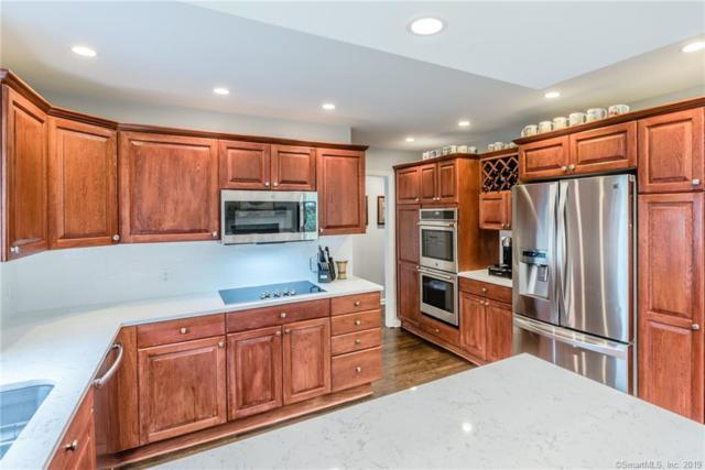 113 Fieldstone Terrace, Stamford, CT 06902 (MLS #170189770) :: Carbutti & Co Realtors