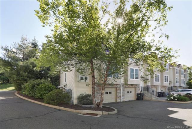 32 Crows Nest Lane #12, Danbury, CT 06810 (MLS #170201074) :: Mark Boyland Real Estate Team