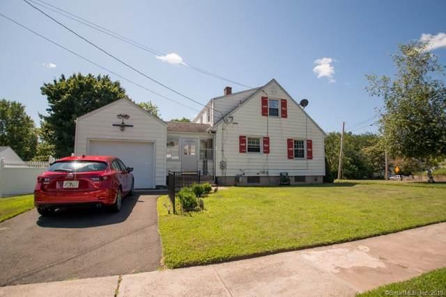 221 Ridge Road, Hamden, CT 06517 (MLS #170225488) :: The Higgins Group - The CT Home Finder