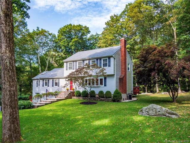 24 Old Farm Road, Weston, CT 06883 (MLS #170235263) :: The Higgins Group - The CT Home Finder