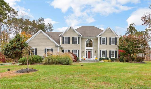4 Autumn Ridge Road, Newtown, CT 06470 (MLS #170237550) :: The Higgins Group - The CT Home Finder