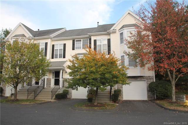 1802 Bradford Drive #1802, Danbury, CT 06811 (MLS #170243825) :: The Higgins Group - The CT Home Finder