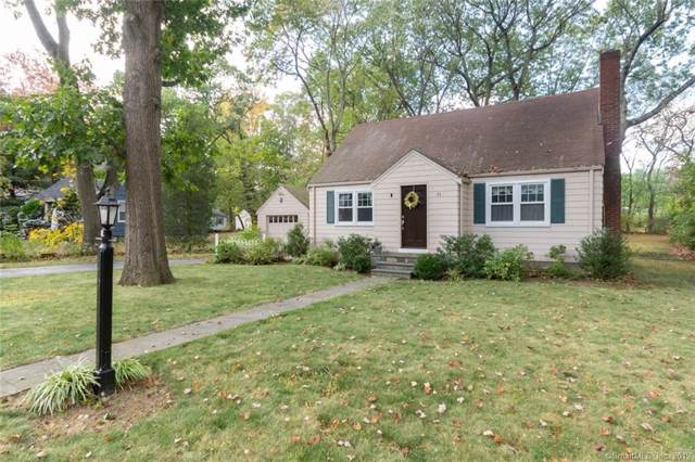 11 Gingerbrook Drive, Trumbull, CT 06611 (MLS #170244043) :: The Higgins Group - The CT Home Finder