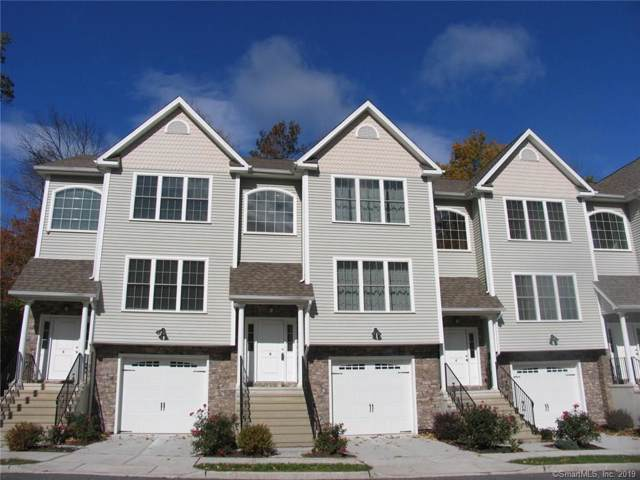 8 Oak Meadow Drive #8, Brookfield, CT 06804 (MLS #170245307) :: The Higgins Group - The CT Home Finder