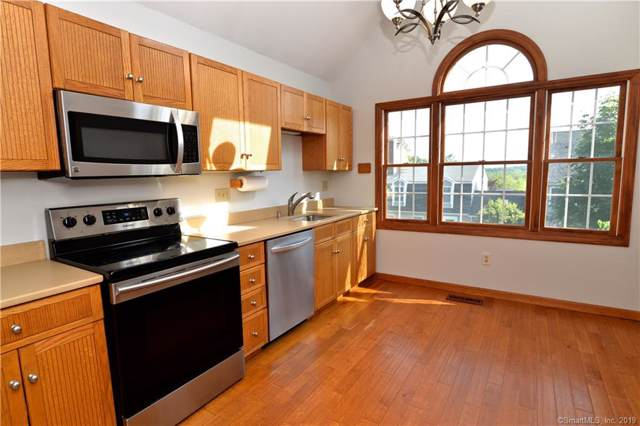 120 Prospect Street #3, Ridgefield, CT 06877 (MLS #170246466) :: The Higgins Group - The CT Home Finder