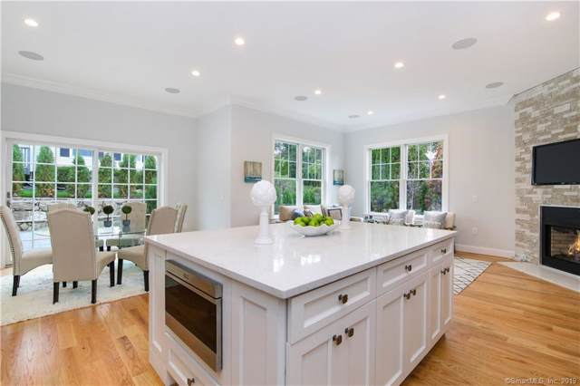 8 Sound Beach Avenue Extension N #4, Greenwich, CT 06878 (MLS #170246674) :: The Higgins Group - The CT Home Finder