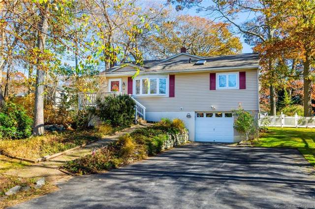 60 Great Neck Road, Waterford, CT 06385 (MLS #170249985) :: Spectrum Real Estate Consultants
