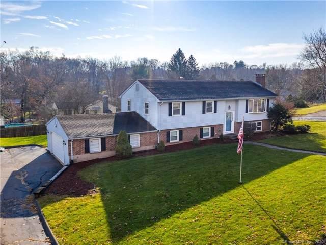 9 Side Hill Road, Meriden, CT 06451 (MLS #170253793) :: Mark Boyland Real Estate Team