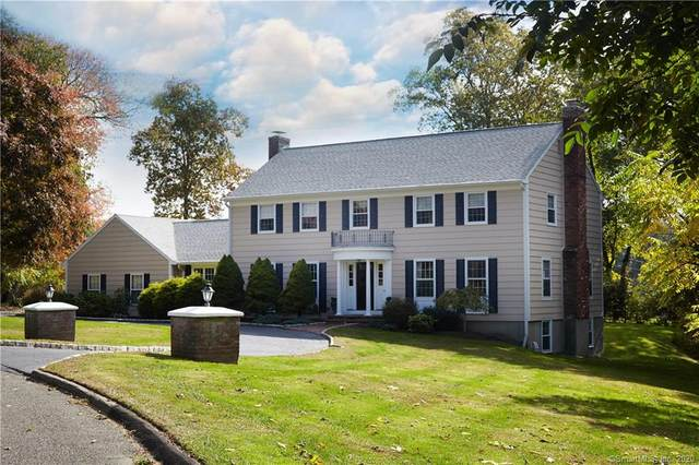 45 Weathervane Drive, Easton, CT 06612 (MLS #170261798) :: Carbutti & Co Realtors