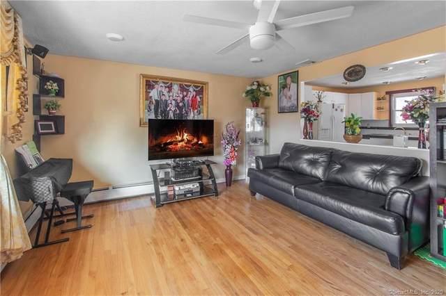 189 Foxon Boulevard, East Haven, CT 06513 (MLS #170272958) :: Carbutti & Co Realtors