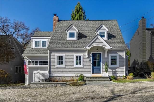 15 Raymond Heights, Darien, CT 06820 (MLS #170276995) :: Carbutti & Co Realtors