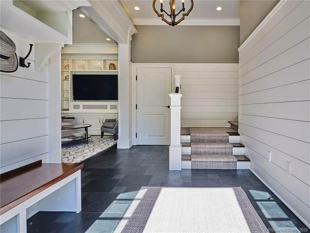 6 N Main, Essex, CT 06426 (MLS #170297411) :: Spectrum Real Estate Consultants