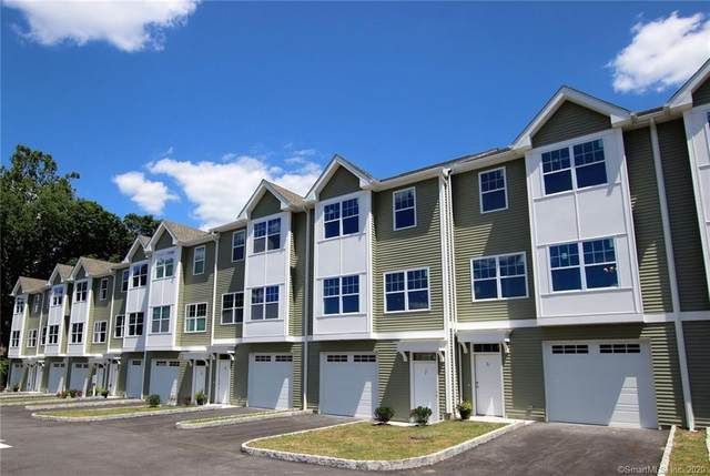 2 Laurel Hill Court #2, Brookfield, CT 06804 (MLS #170309190) :: Michael & Associates Premium Properties   MAPP TEAM
