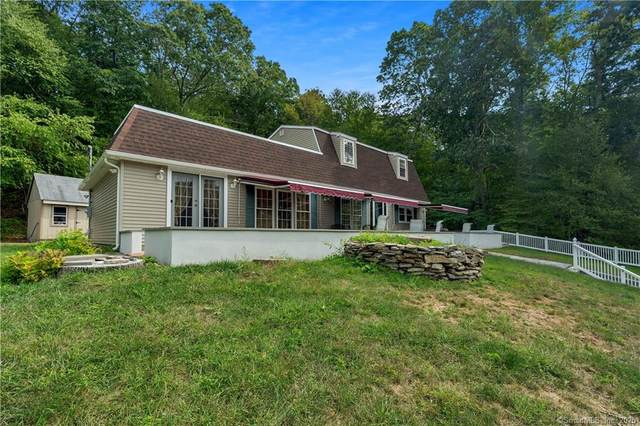 1491 Norwich New London Turnpike, Montville, CT 06382 (MLS #170309730) :: Frank Schiavone with William Raveis Real Estate