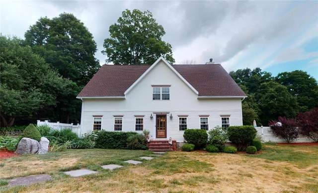 6 Silver Brook Lane, Newtown, CT 06470 (MLS #170312169) :: Frank Schiavone with William Raveis Real Estate