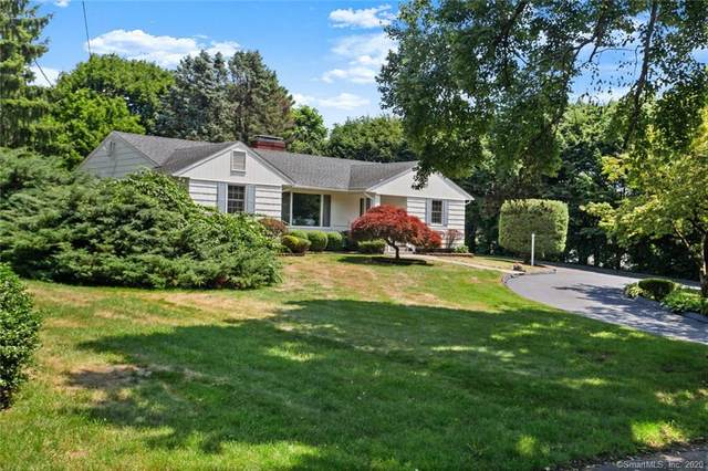 8 Valley Road, Trumbull, CT 06611 (MLS #170312275) :: Team Feola & Lanzante | Keller Williams Trumbull