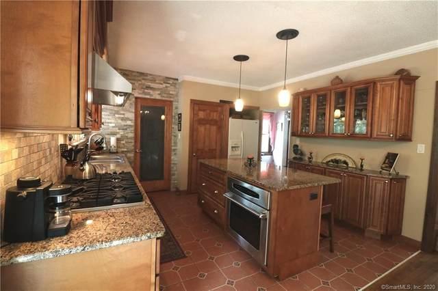 111 Ridge Road, Wethersfield, CT 06109 (MLS #170312960) :: Carbutti & Co Realtors