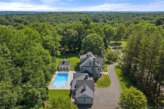 17 Twin Ridge Road, Ridgefield, CT 06877 (MLS #170318474) :: Frank Schiavone with William Raveis Real Estate