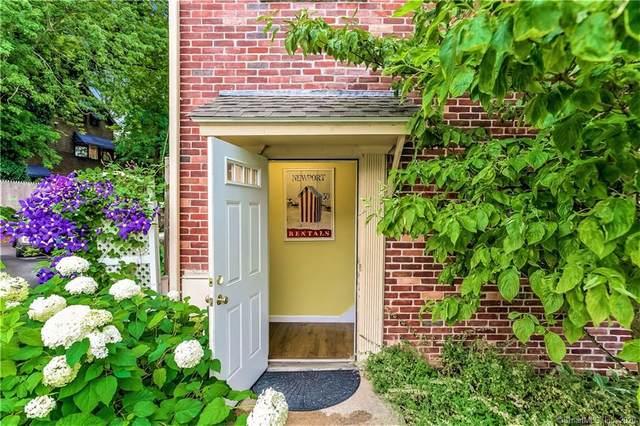 27 S Main Street #16, Essex, CT 06426 (MLS #170321112) :: Frank Schiavone with William Raveis Real Estate