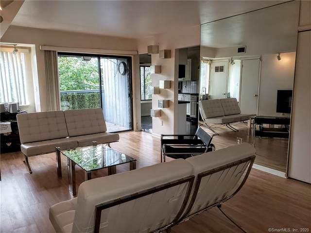 15 Cedar Court E G, East Haven, CT 06513 (MLS #170328092) :: GEN Next Real Estate