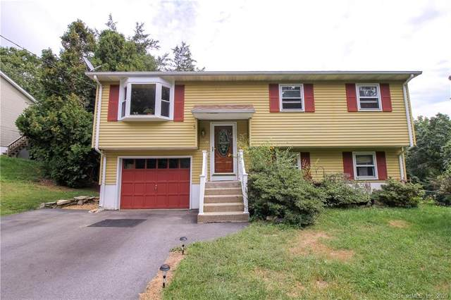 2 Overlook Drive, Preston, CT 06365 (MLS #170332276) :: The Higgins Group - The CT Home Finder