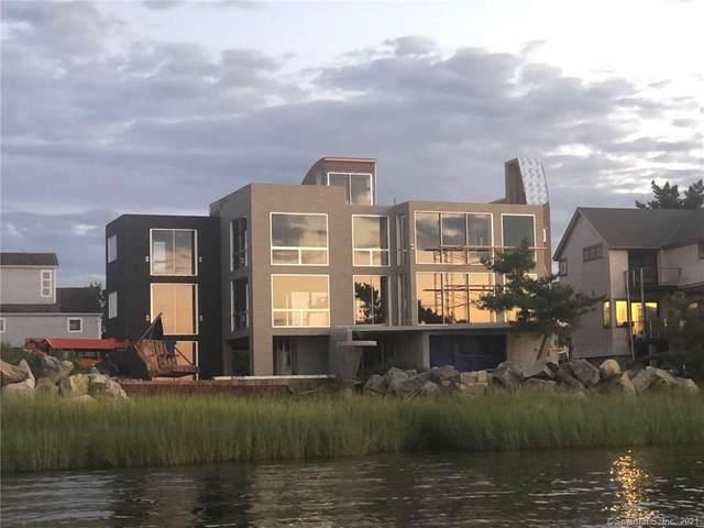135 Harbor Road, Westport, CT 06880 (MLS #170335227) :: Spectrum Real Estate Consultants