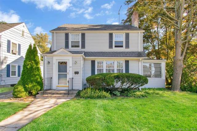 886 Riverton Terrace, Stratford, CT 06614 (MLS #170343950) :: Kendall Group Real Estate | Keller Williams