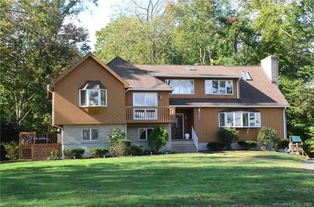32 Green Field Lane, North Haven, CT 06473 (MLS #170344339) :: Around Town Real Estate Team
