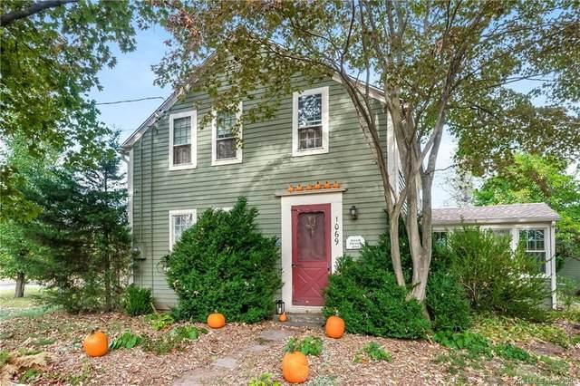 1069 Tryon Street, Glastonbury, CT 06073 (MLS #170345067) :: GEN Next Real Estate