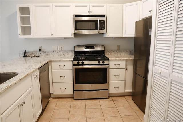 38 Hope Street #20, East Lyme, CT 06357 (MLS #170345187) :: GEN Next Real Estate