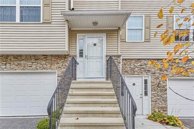 32 Riverview Court #32, Brookfield, CT 06804 (MLS #170347377) :: Michael & Associates Premium Properties | MAPP TEAM