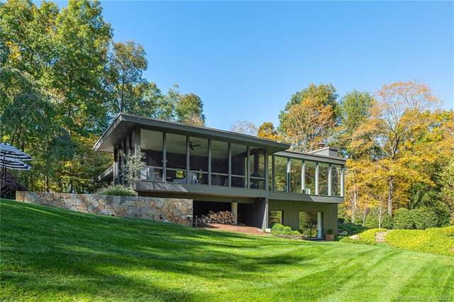 20 Steeple Chase, Greenwich, CT 06831 (MLS #170347778) :: Frank Schiavone with William Raveis Real Estate
