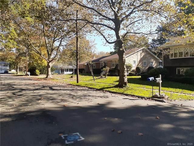 35 Red Fox Road, Stratford, CT 06614 (MLS #170348738) :: Around Town Real Estate Team