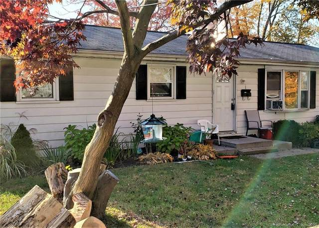 1 6th Street, Danbury, CT 06810 (MLS #170349732) :: Frank Schiavone with William Raveis Real Estate