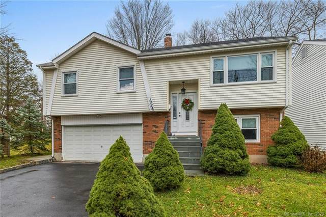 1234 Trout Brook Drive, West Hartford, CT 06117 (MLS #170361315) :: Around Town Real Estate Team