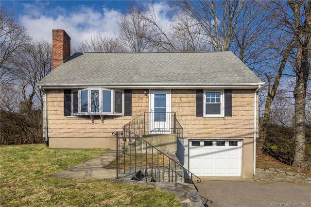 219 Strawberry Hill Avenue, Norwalk, CT 06851 (MLS #170364652) :: Michael & Associates Premium Properties | MAPP TEAM