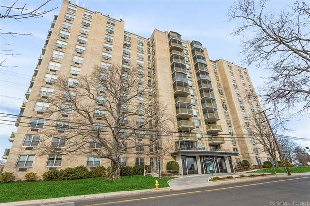 1 Strawberry Hill Court 1G, Stamford, CT 06902 (MLS #170365436) :: Galatas Real Estate Group