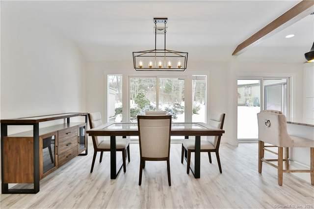 897 Heritage Village B, Southbury, CT 06488 (MLS #170372984) :: Tim Dent Real Estate Group
