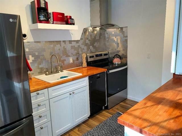 39 Ash Drive #27, Ledyard, CT 06335 (MLS #170373618) :: Tim Dent Real Estate Group