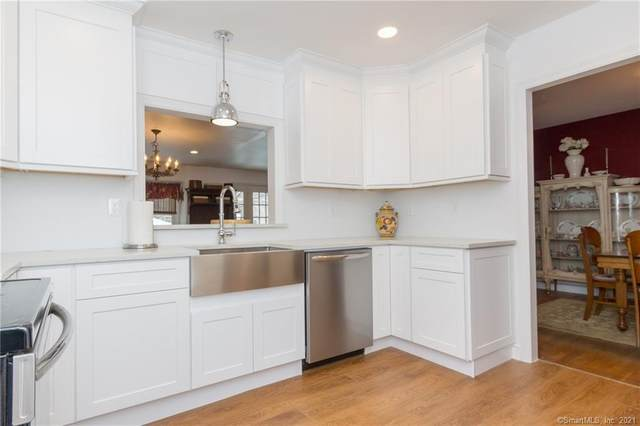 201 Edgewood Road, Fairfield, CT 06825 (MLS #170374956) :: Tim Dent Real Estate Group