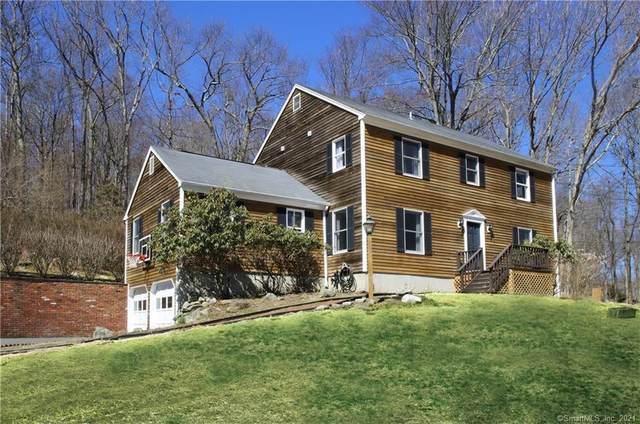 11 Old Dodgingtown Road, Bethel, CT 06801 (MLS #170383134) :: The Higgins Group - The CT Home Finder
