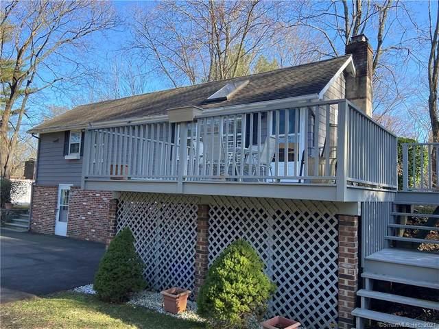 121 W Norwalk Road, Norwalk, CT 06850 (MLS #170388065) :: Frank Schiavone with William Raveis Real Estate