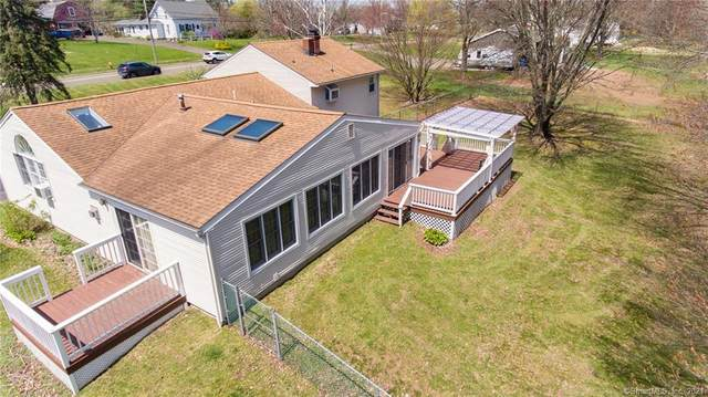 852 Clintonville Road, Wallingford, CT 06492 (MLS #170390956) :: Carbutti & Co Realtors