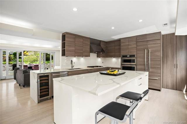 28 Center Drive, Greenwich, CT 06870 (MLS #170394061) :: Next Level Group