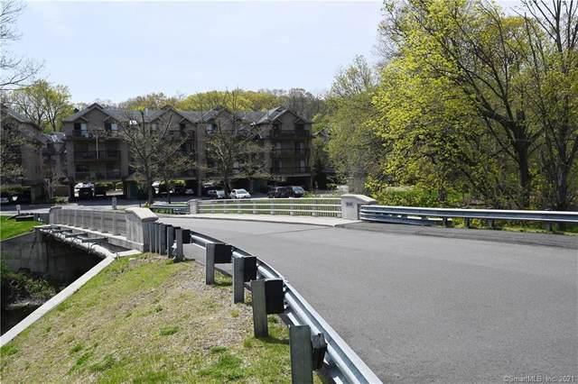 97 Richards Avenue F14, Norwalk, CT 06854 (MLS #170394417) :: Frank Schiavone with William Raveis Real Estate